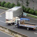 トラックの事故の原因は一体何?事例から学ぶ防止の対策について!